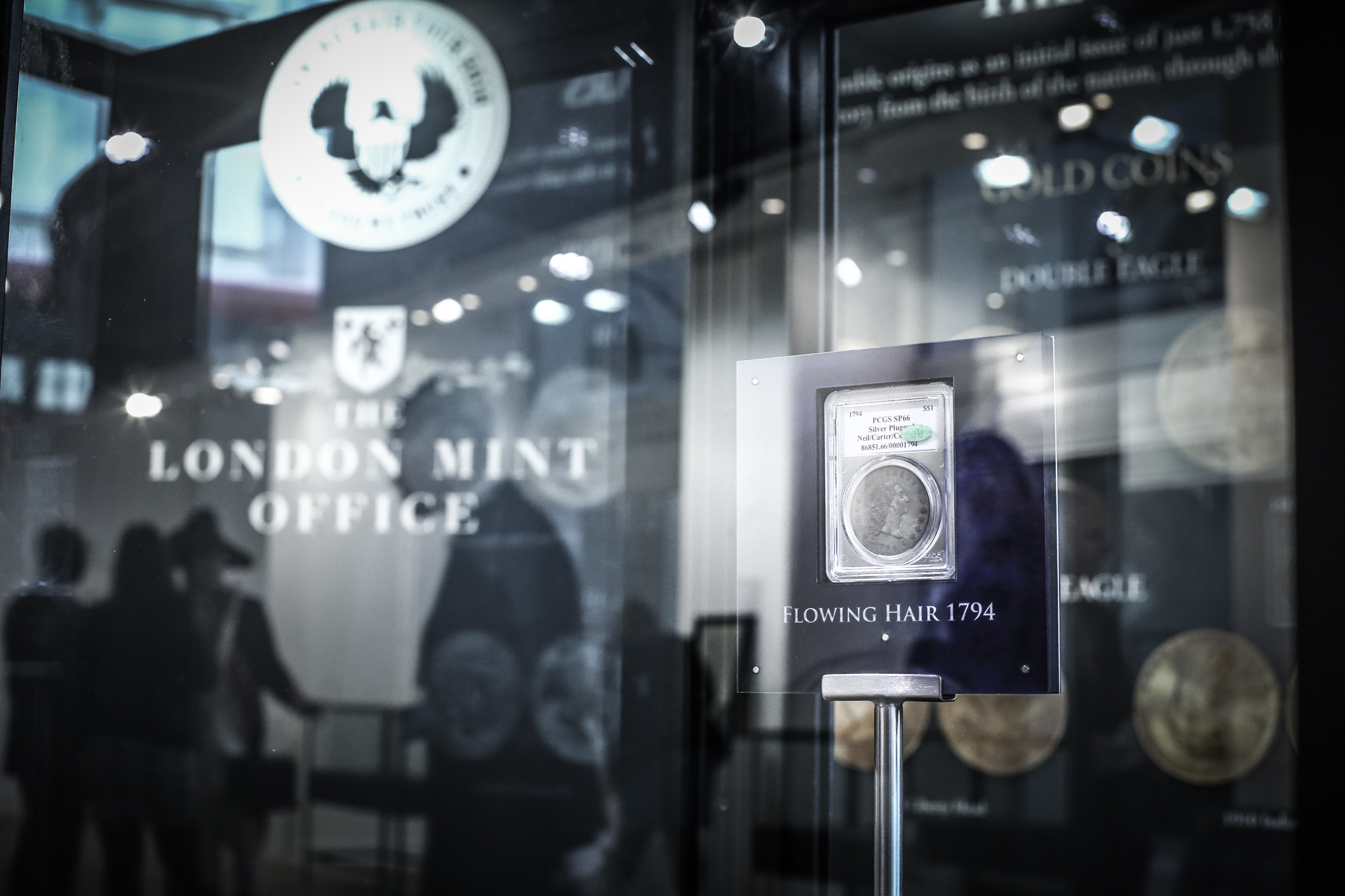 Samlerhuset takes world´s most expensive coin on tour