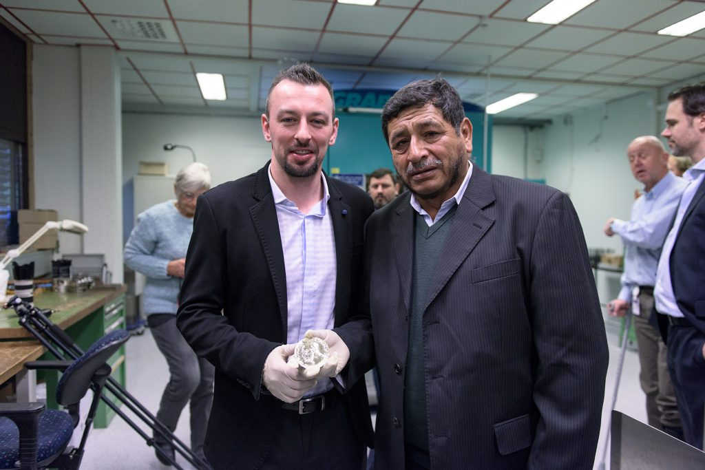Samlerhuset makes 2016 Nobel Peace Prize medal from Fairmined gold